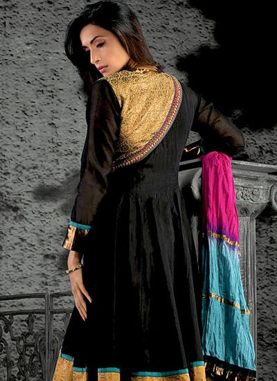 Trendy Cotton Suit With Attractive Border